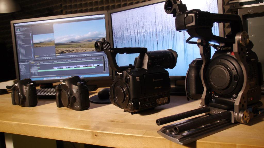 Dimension comparison. Canon C100 uses a rig